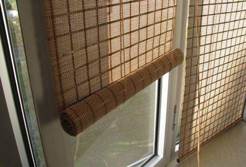 bambukovye_shtory_na_dver_07