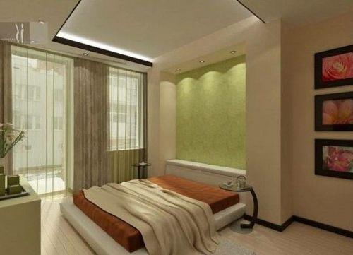 Модные шторы для спальни с балконом