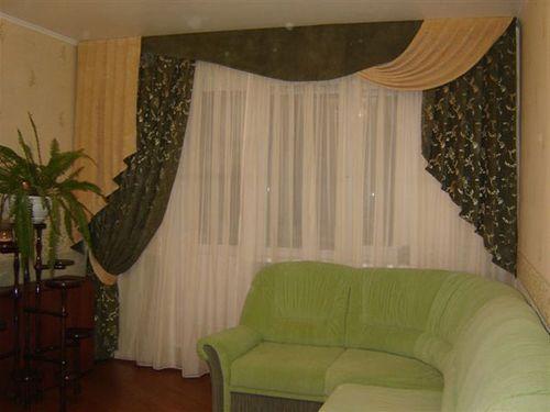 sovremennye_shtory_dlya_zala_s_balkonom_09