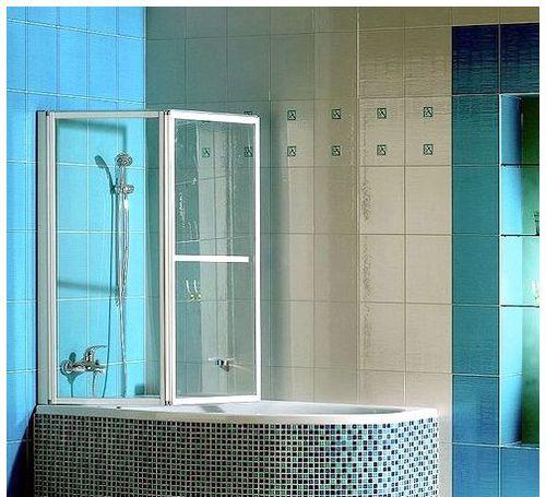 Выбираем стеклянные шторы для ванной