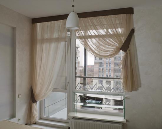 Асимметричные шторы на асимметричном окне