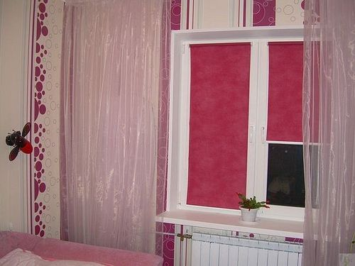 rolikovye_shtory_na_plastikovye_okna_06