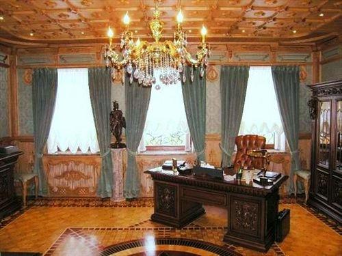 Выбираем шторы в кабинет