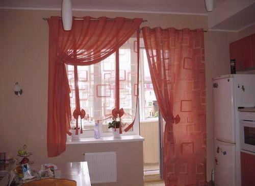 shtory_na_balkonnye_okna_02