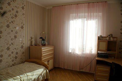kremovye_shtory_v_interere_komnat_5