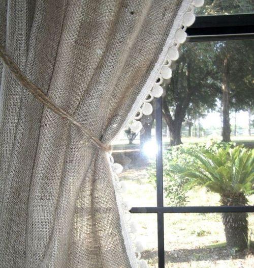 Выбираем шторы из мешковины