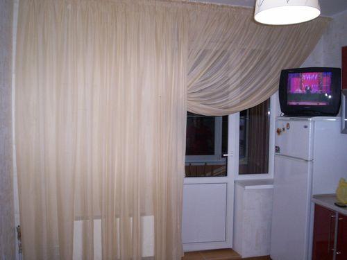 Выбираем шторы для балконного окна