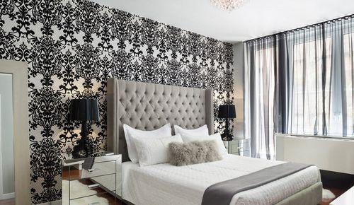 Черно-белый тюль в спальне